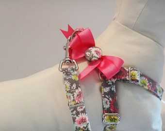 Dog Harness and (optional) Leash - Fabric Step-in Dog Harness - Grey and Pink Dog Harness - Girl Dog Harness - Dog Collar Alternative