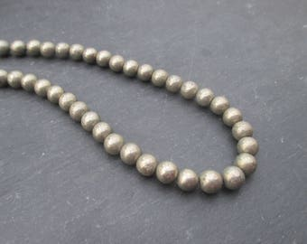 Pyrite: 15 round beads 6 mm
