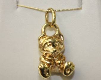 Italian Artlinea , Bear , 18k yellow gold 3.8gr , 42 mm without loop .