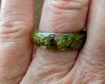 Resin Reindeer Moss Ring
