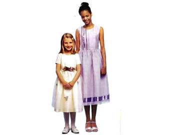 McCalls 3035 Toddler Girl Gathered Skirt Dress With Sleeve Variations Sewing Pattern Size 3-5 Chest 22-24in/56-61cm UNCUT