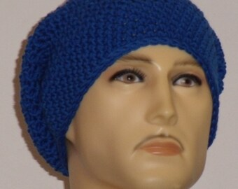 Crochet hat in Tintenblau pure wool