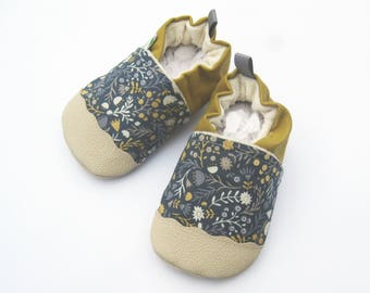 Classic Vegan Wood Floral / Non-Slip Soft Sole Baby Shoes / Made to Order / Babies Toddler Preschool