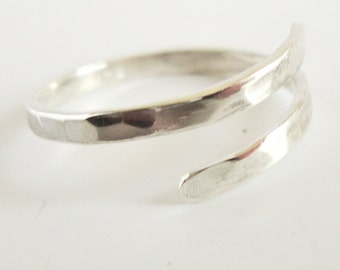 Hammered Sterling Silver Ring , Simple ring , Modern ring , Adjustable Sterling Silver ring