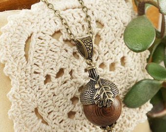 Necklace Wooden Acorn no.1 (#6501)