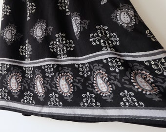 Paisley Mid Length Skirt Vintage Black