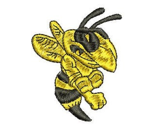 fighting bee embroidery design