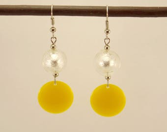 Silver glass pearl earrings and yellow Medallion