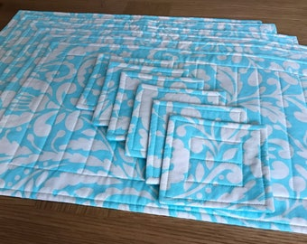 Set of 6 cotton placemats and coasters/quilted placemats/quilted coasters/paisley/turquoise and cream/fabric placemats