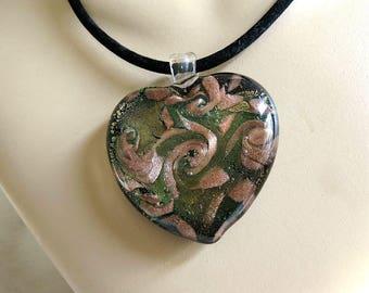 Tri Color Glass Heart Pendant Necklace Vintage Gold Black & Olive Green
