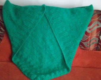 Knitted shawl with out fridge