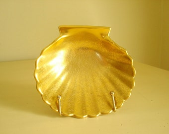 Pickard Rose and Daisy scallop shell, all over gold soap dish or ashtray, flower pattern, Hollywood Glamour, home decor, collectible china
