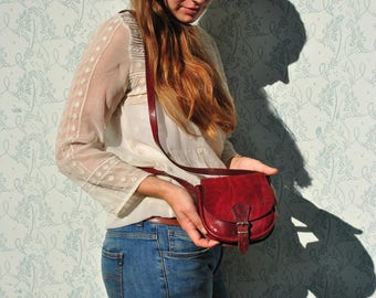 Small leather bag, vintage small leather bag, leather crossbody bag, vintage small shoulder bag, small leather crossbody, leather bag women