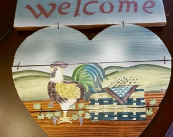 Hand Painted; Welcome Sign; Barn Wood; Folk Art; Approx. 12 x 13 in. Made in Canada !!!