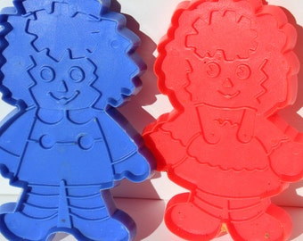 Raggedy Ann and Andy Cookie Cutters Vintage The Bobbs Merrill Co Inc Red and Blue Plastic Gingerbread Cookie Cutters Sugar Cookie Cutters