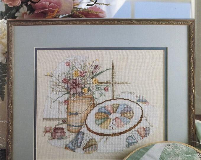 CROSS  STITCH LEAFLET; Quilting Lessons, Leisure Arts, 1988 Vintage, color chart,