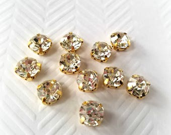 8mm Sew On Clear Glass Rhinestones. 10 Pieces.