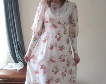 Hippy Dippy Prairie Dress - 1960s/70s - Size Small