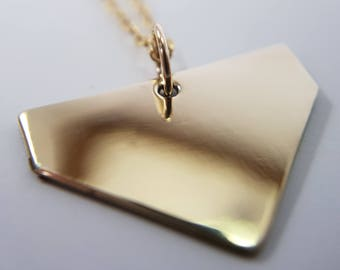 Leyla minimalist pendant in 14k Gold Filled or 925 Sterling Silver • 2cm
