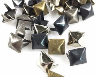"""Fils dangereux têtes de clous taches clous 2 broches 3/8"""" carré pyramide boucles d'oreilles - 100 Pcs -4 couleurs mélangées"""