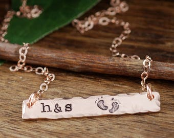 Rose Gold Personalized Necklace, Rose Gold Rectangular Bar, Mother Jewelry, Hand Stamped Jewelry, Custom Name Necklace, Baby Feet Necklace