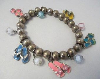 Vintage stretch Charm Bracelet  with silver metal beads 5 flip flop and sandal charms ooak