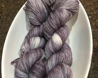 Fierce BFL sock yarn - Grey