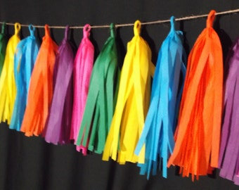 SHIPPED NEXT DAY, 20 Tassel Cinco de Mayo Tissue Paper Garland, Fiesta Party Decorations, Mexican Party Decorations, Wedding Decorations