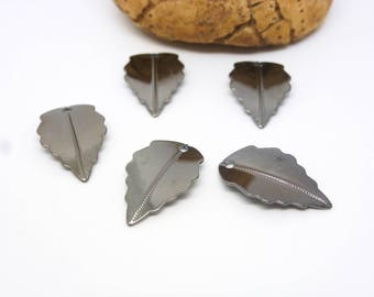 12 thin charms leaves 10 * 17mm gunmetal gray plated brass (USBG01)