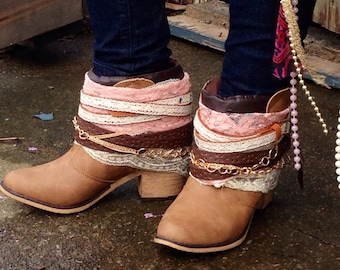 Size 8 Hippie GIRLY Boho Women's Boots