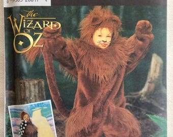 Simplicity Pattern 7825 - The Wizard of Oz - Cowardly Lion Child's Costume - Sizes 3,4,5,6,7,8 - UNCUT