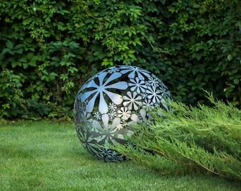 Charmant Hand Welded Metal Garden Sculpture Flower Ball A Unique Artistic Decor In  Your Creative Garden // 28 Inches Diameter // 16 Ga Metal