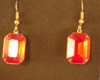 vintage red rhinestone pierced earrings (P12)