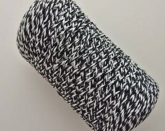 1 roll of wire crochet 4 cotton, boring or created, mottled black and white, 350 g E.105r ref.