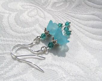 Spring flower earrings blue