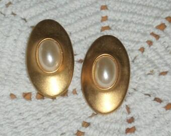 Vintage Goldtone Earrings for Pierced Ears