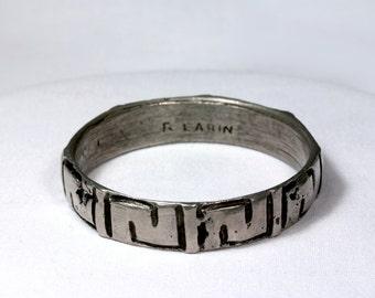 1970s Robert Larin brutalist silver plated pewter bangle bracelet abstract design