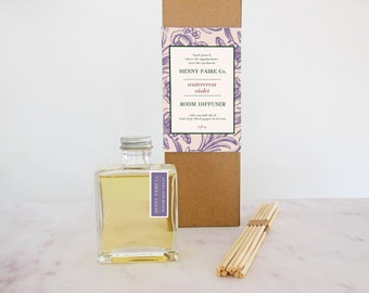 mothers day gift | spa gift for mom | gift for gardening mom | watercress violet reed diffuser | green floral fragrance room diffuser | 5 oz
