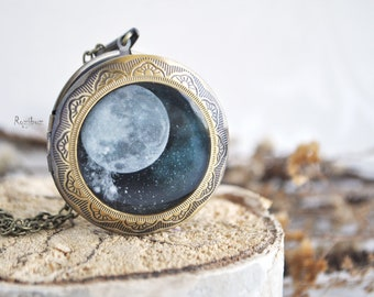 Moon photo locket - vintage round locket necklace, moon jewelry, gift for her for girl, moon long chain brass, space jewelry - made to order