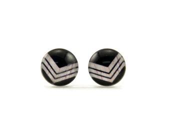 arrow stud earring - chevron earrings - photo glass earrings - black earrings - simple stud earring - chevron jewelry - black and white