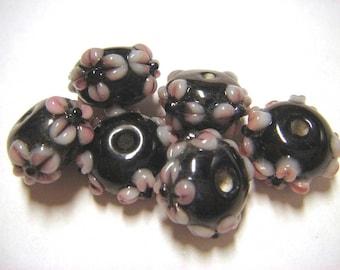 6 black floral applique rondelle glass beads
