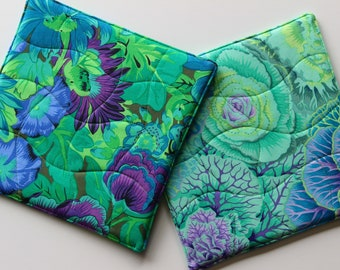 Quilted Potholders Set, Hot Pads Bright Beautiful Kaffe Fassett Print Fabrics - Brassica and Lavinia