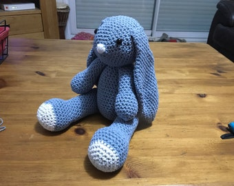 Sitting Bunny crochet