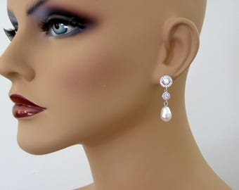 Bridal Earrings Pearl Earrings Cubic Zirconia 92.5 Swarovski Crystal ivory teardrop Pearl Bridal Bridesmaid Gift, Pearl Jewelry Diamond Look