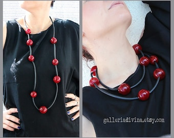 Red and black blown glass rubber necklace - Glass bubbles - statement necklace - Red and black - Spheres necklace - Murano glass
