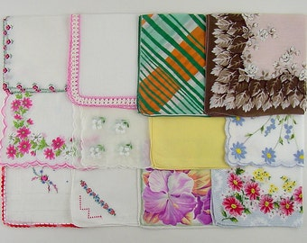 Vintage Hanky Lot,Vintage Lot of Handkerchiefs,One Dozen Assorted Vintage Hankies (Lot #M11)