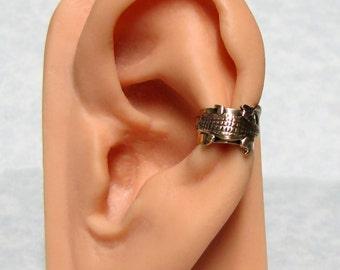 Alligator Ear Cuff