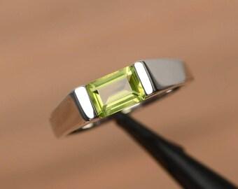 natural peridot ring peridot wedding ring August birthstone green gemstone sterling silver ring