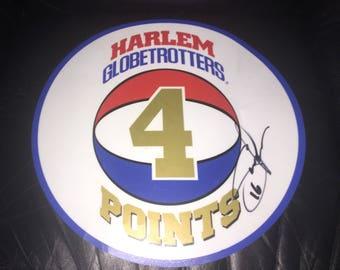Four point plastic Harlem Globetrotters points card autographed