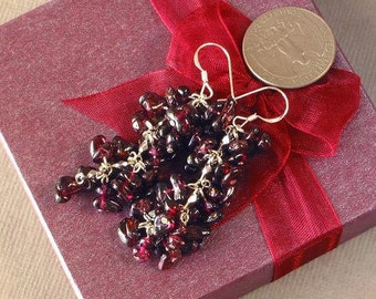 Earrings Red Garnet Chip Beads Chained Dangle 925 ESGR0315